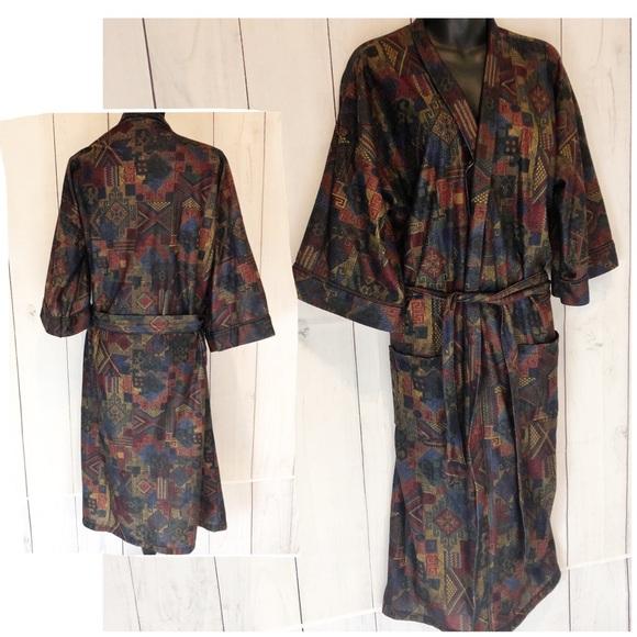 9f248066a5 Vintage 70s Hemingway Point Men s Robe Medium. M 5bf56856a5d7c680bb4048ce